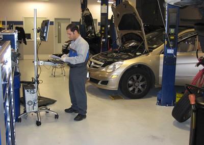Automotive floor
